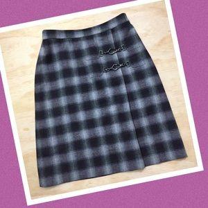 DONCASTER Black Gray Purple Plaid Skirt Size 4